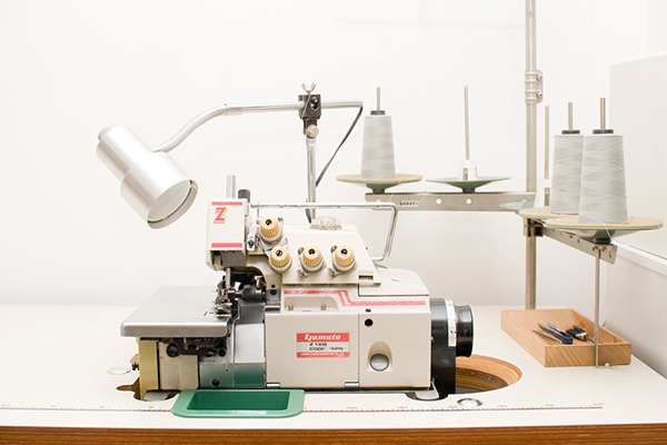 ロックミシン工業用YAMATO オーダーメイドの洋服屋さん SU MISURA ス・ミズーラ